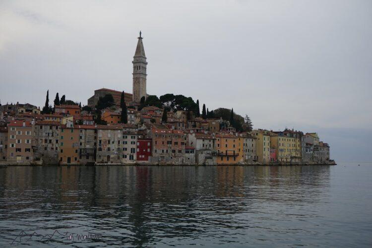 Blick auf die wunderschöne Stadt Rovinj