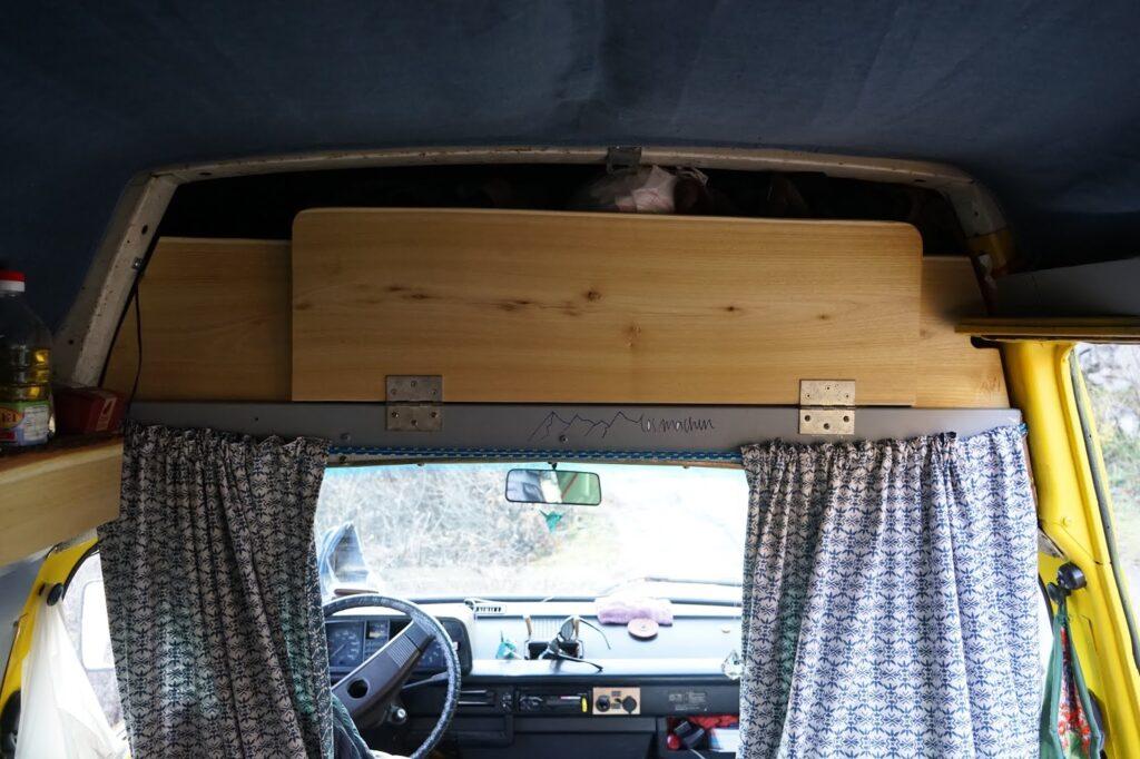 Reisemobil: Interior Staufächer unterm Hochdach