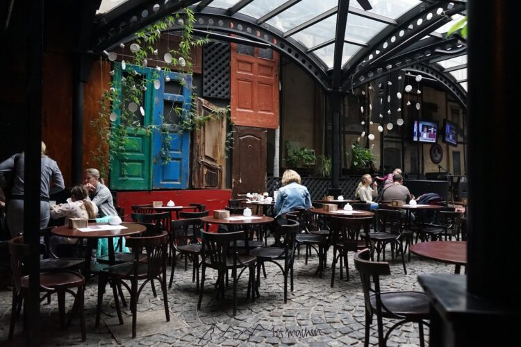Beliebte Café Szene in Lviv