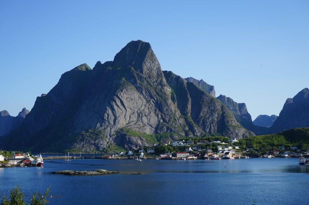 Bergkette auf den Lofoten