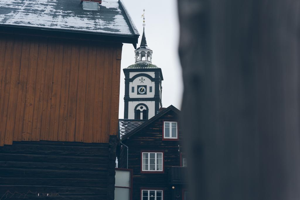 Blick auf die Kirche in Røros