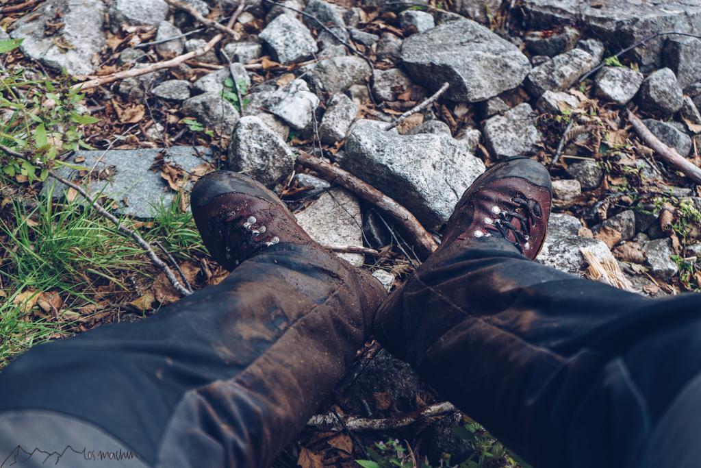 Schuhe nach dem Almabtrieb